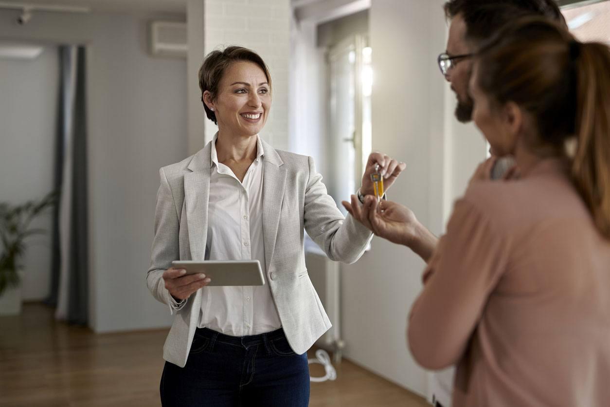 Agentes inmobiliarios certificados
