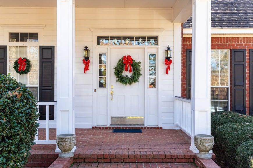 Entrada casa decorada de navidad