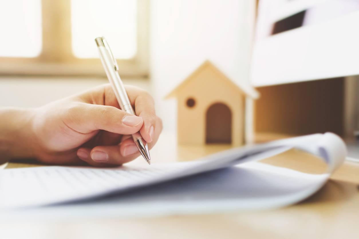 ¿Qué debe incluir un contrato de subarrendamiento?